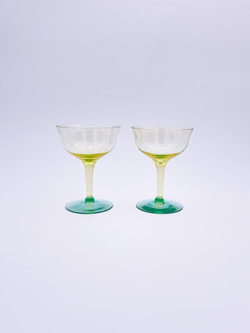 Set of 2 Yellow and Green Glasses