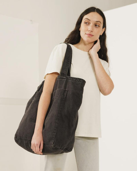 Giant Pocket Tote | Washed Black