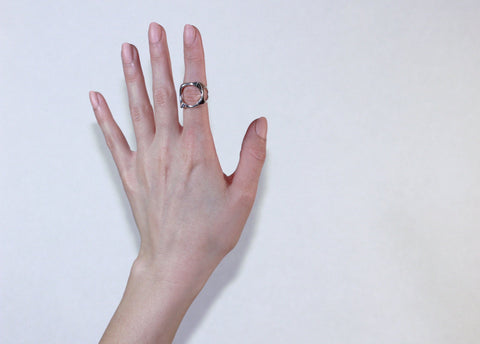 Undulate Knuckle Ring