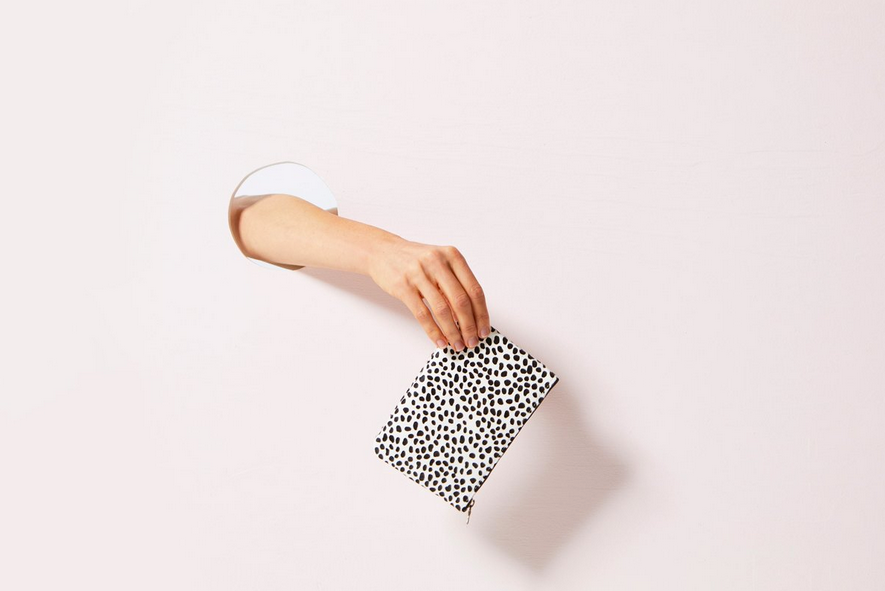 Maud Wallet Snow Cheetah