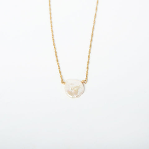 Mother of Pearl Necklace 14K
