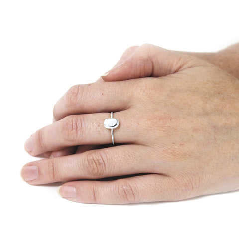 Oval Mini Ring Silver