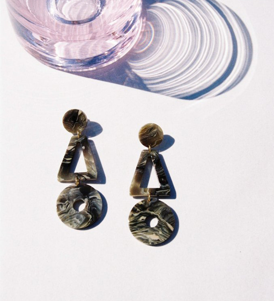 Lis Earrings, Marble Grey