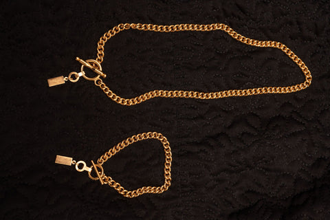 Curb Necklace 22K Gold