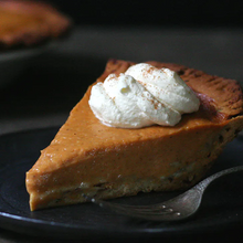 Load image into Gallery viewer, CINNAMON PUMPKIN PIE