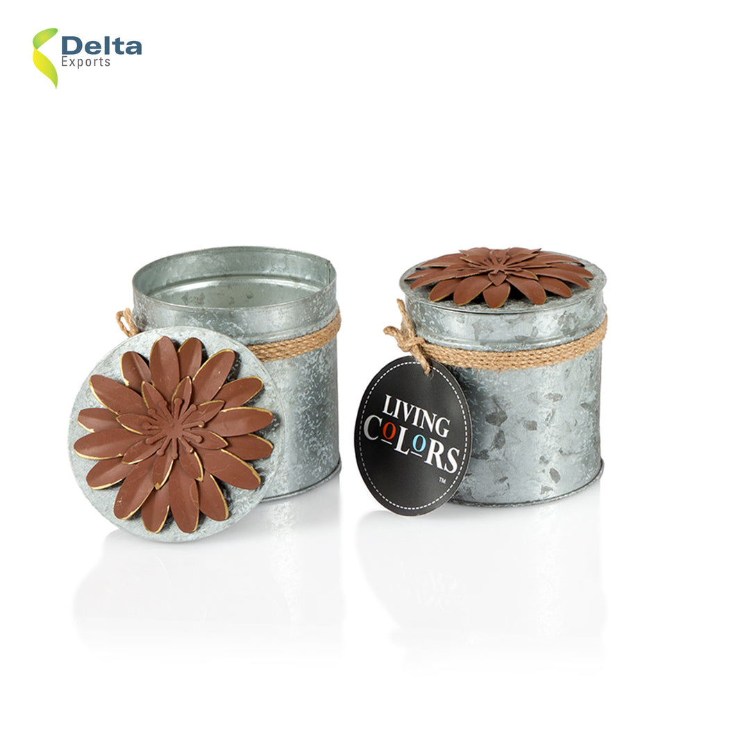 SCENTED TIN CANDLE WITH FLOWER LID