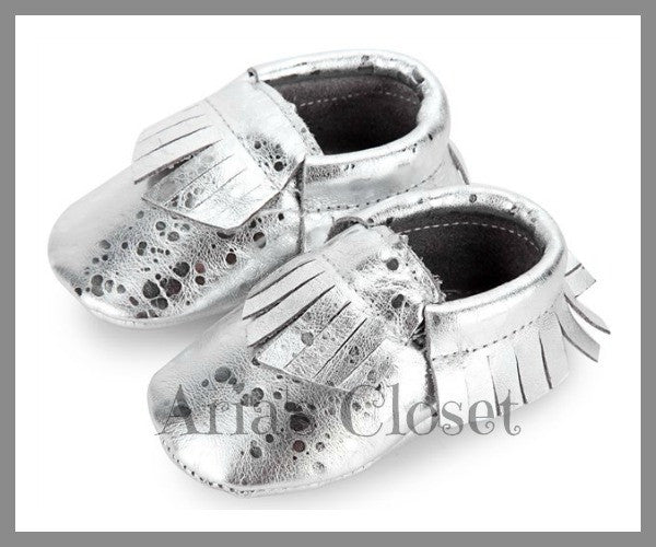 Guilded Slippers (Silver)