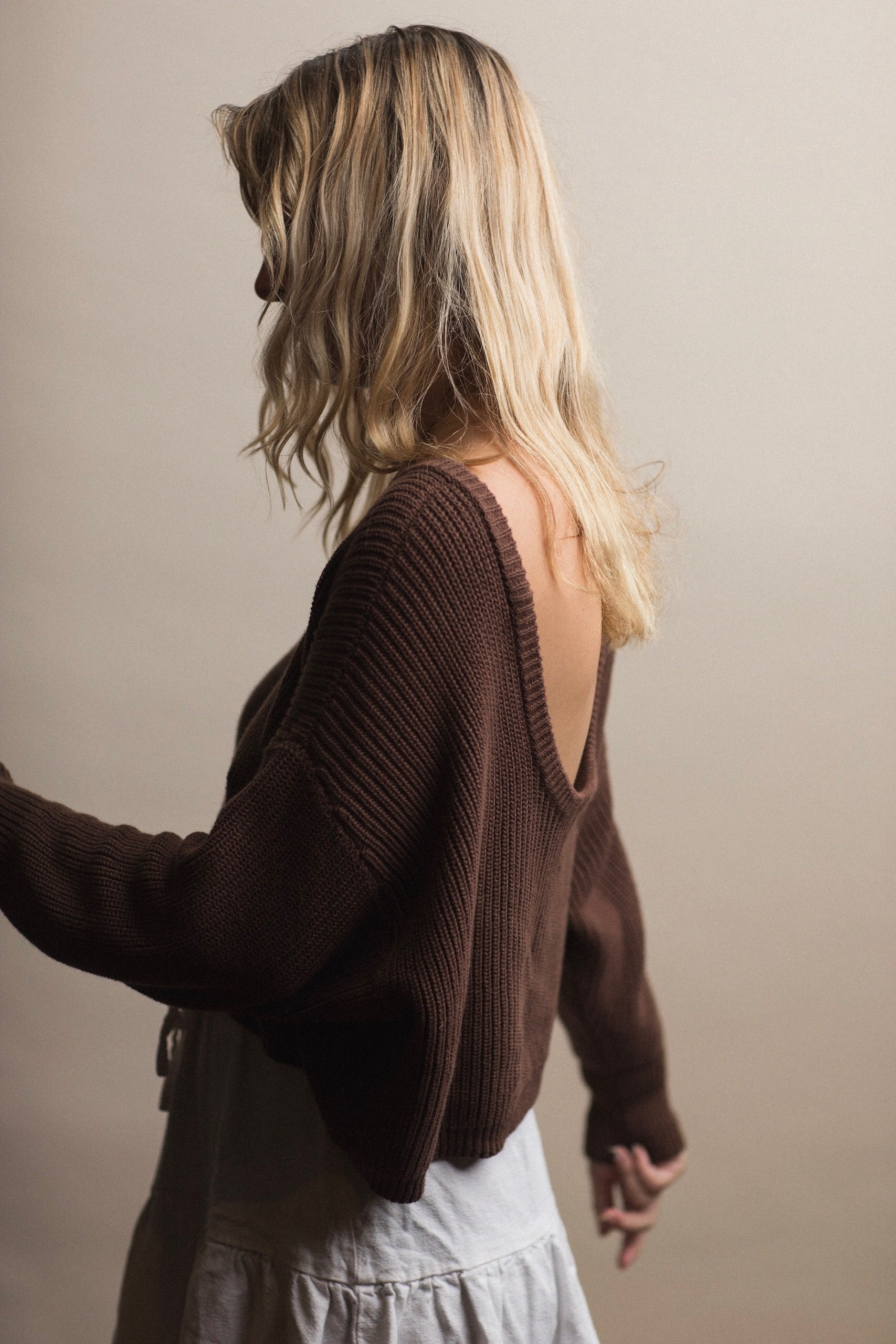 Women's Scoop Back Sweater - Chocolate