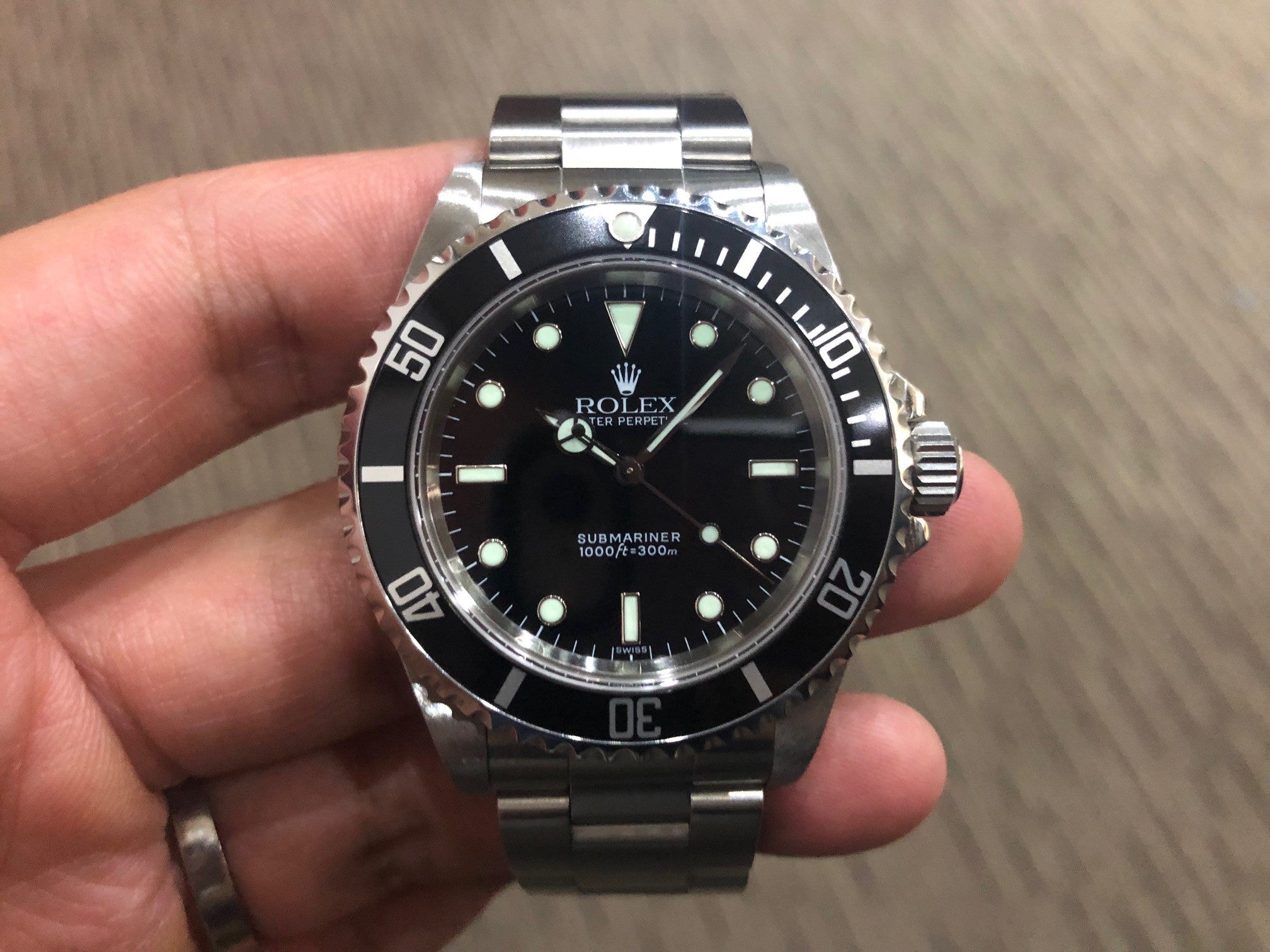 -SOLD- Rolex Submariner No Date Two Liner 14060 U Series