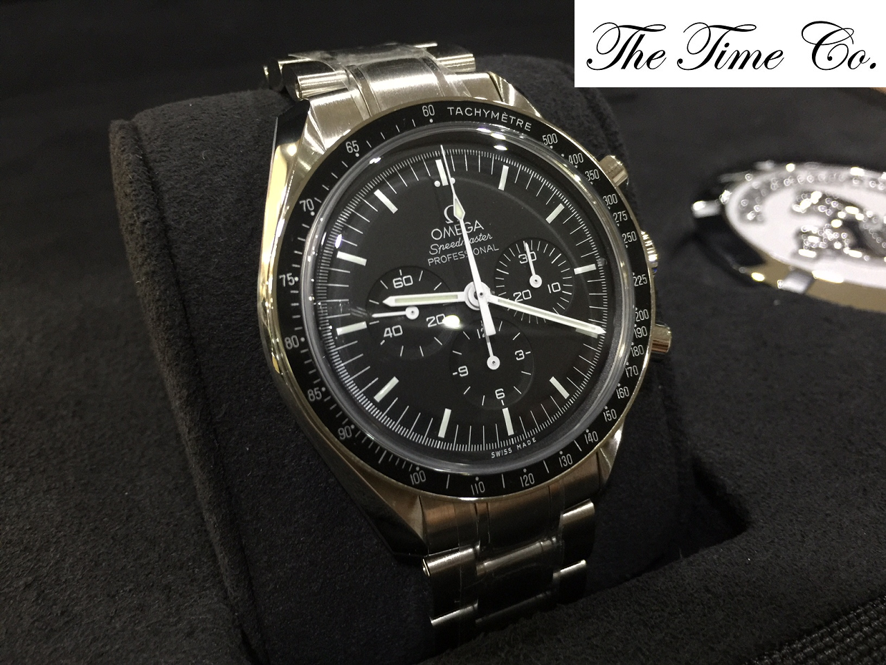 -SOLD- Omega Speedmaster Moon Watch Hesalite 31130423001005