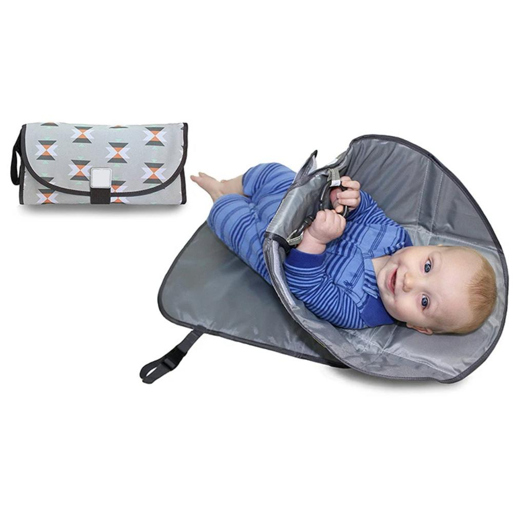 compact-printed-diaper-changing-pad-downtown-babies
