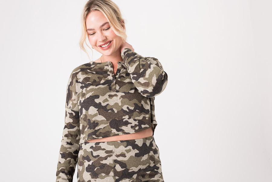 Pullover Lounge Top Camo