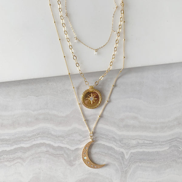 Crescent Moon with Medallion Layering Necklace Set in Gold