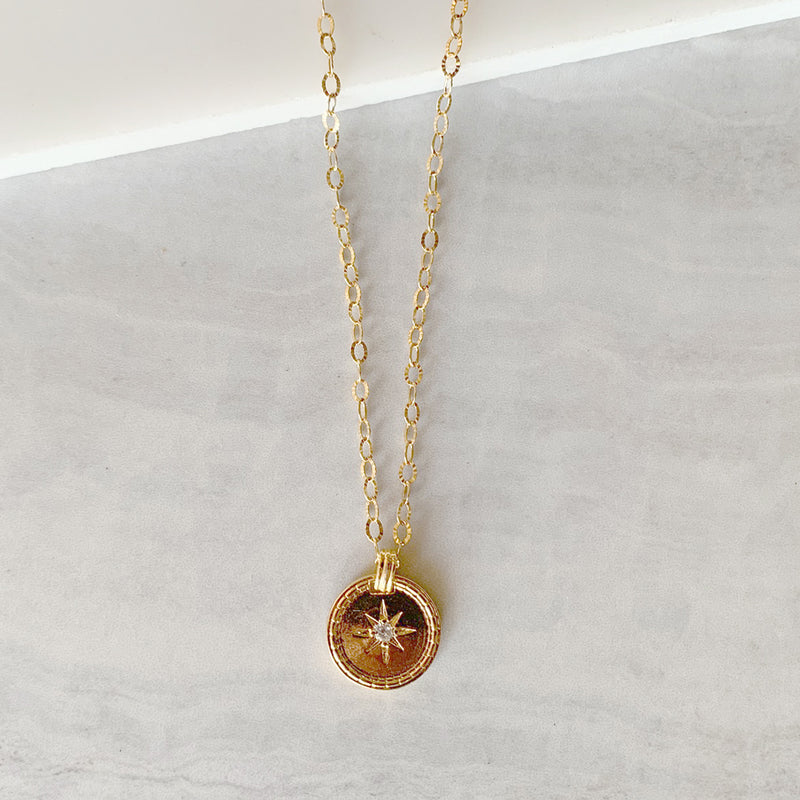 Shining Star Medallion Necklace in Gold