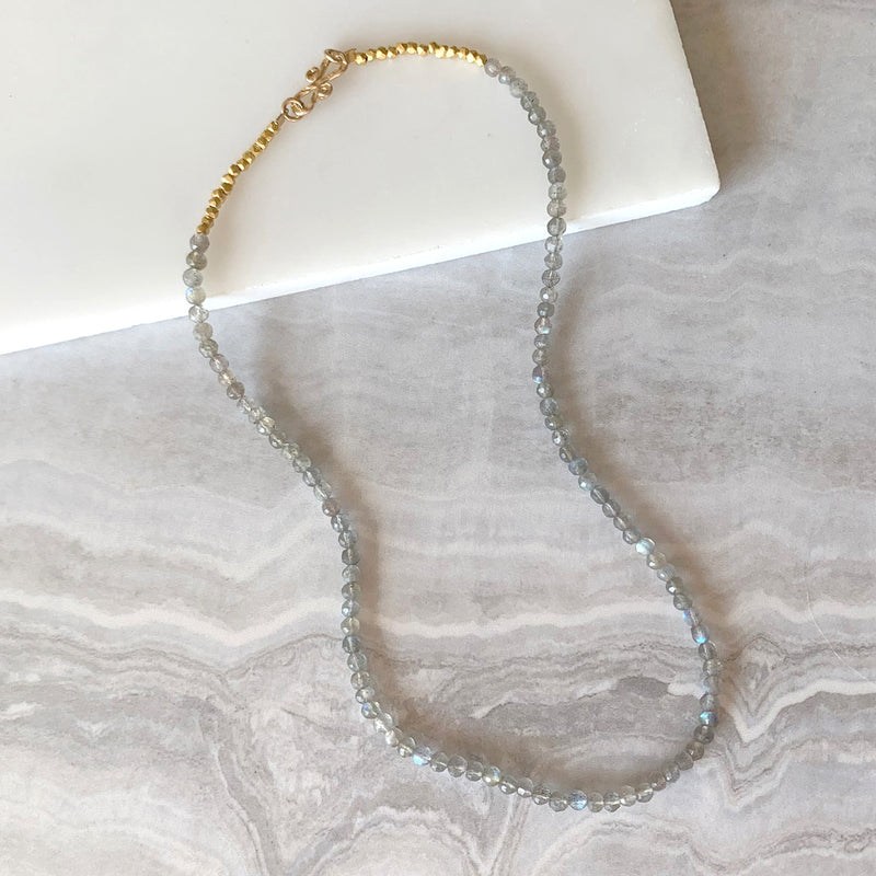 Beaded Necklace with Labradorite in Gold