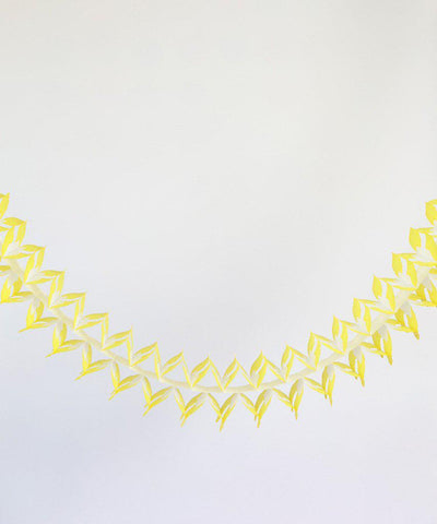 Criss Cross Garland