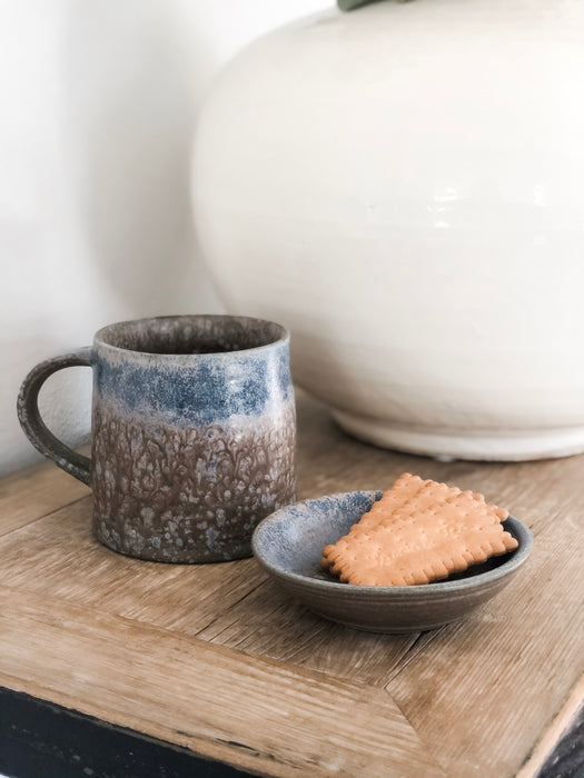 Mug with Snack Plate Topper