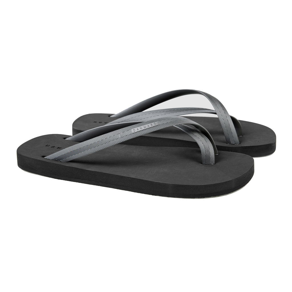 Bicolored cross toe flip-flop, black with silver