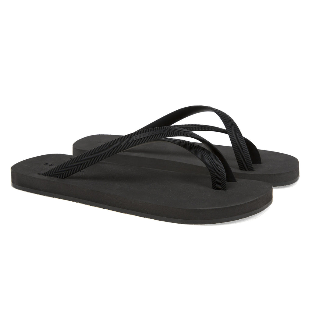 Black cross toe flip-flop