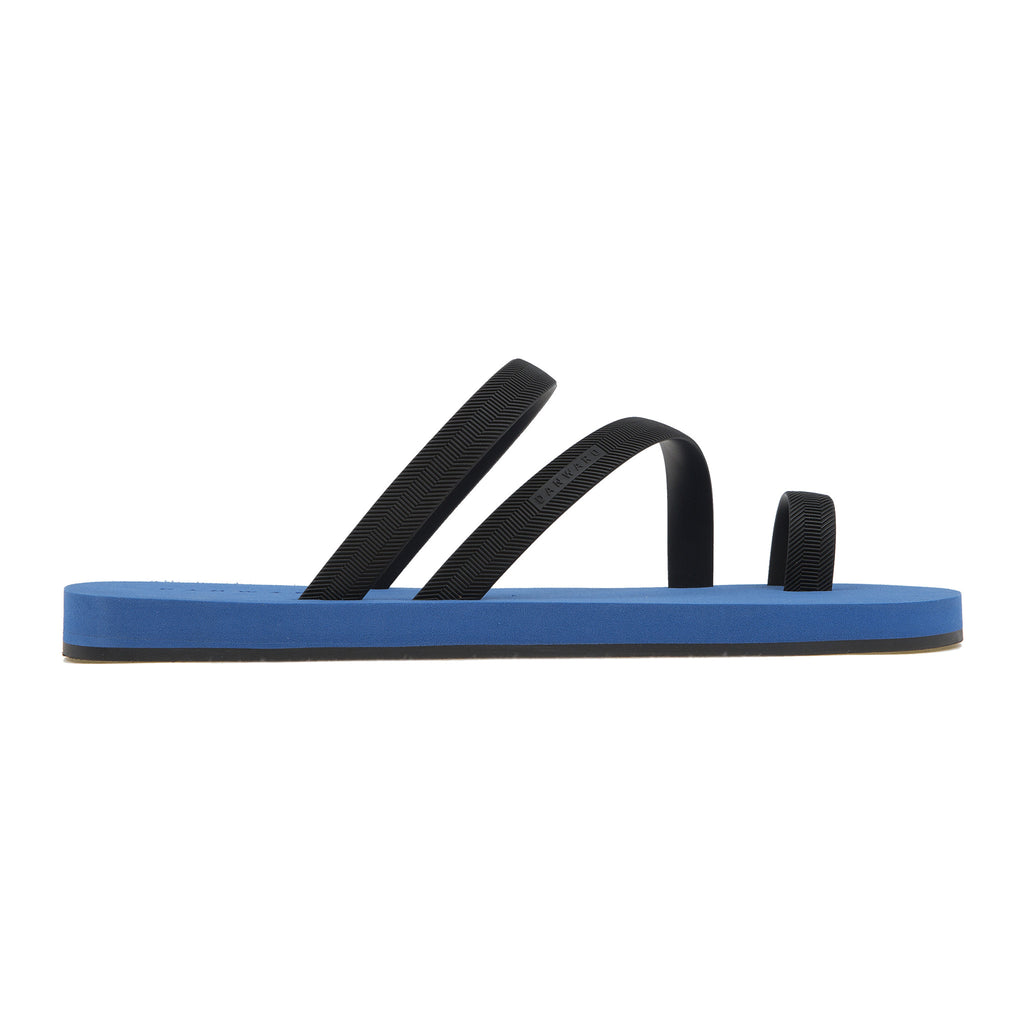 Bicolored flip-flop with asymmetric caged upper,  blue with black