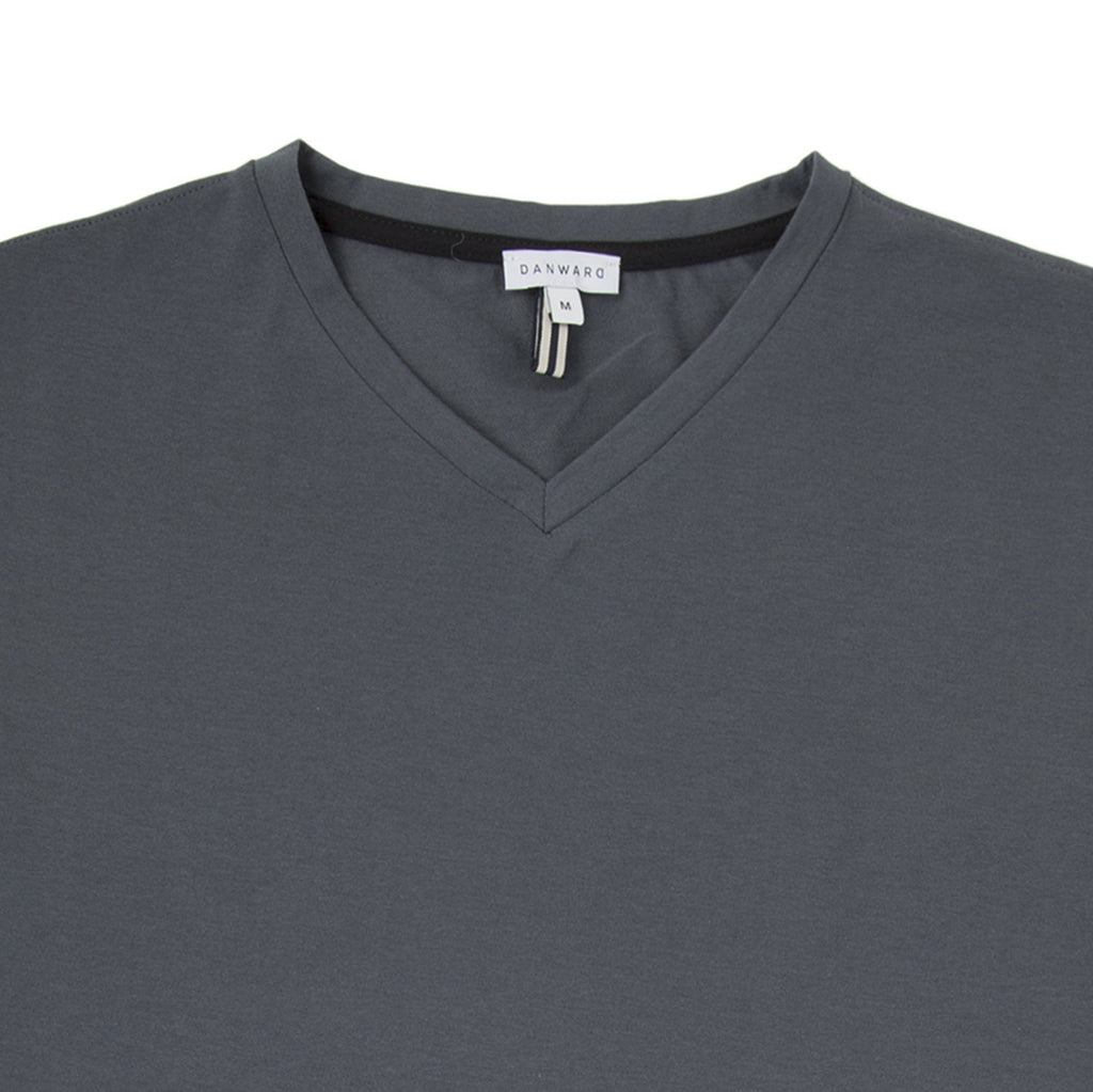 V-neck luxe cotton jersey t-shirt with bicolor detail