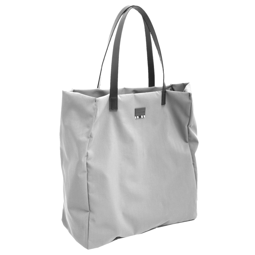 Midsize nylon tote bag with internal pochette