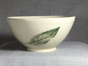 Bowl with Slender Leaf