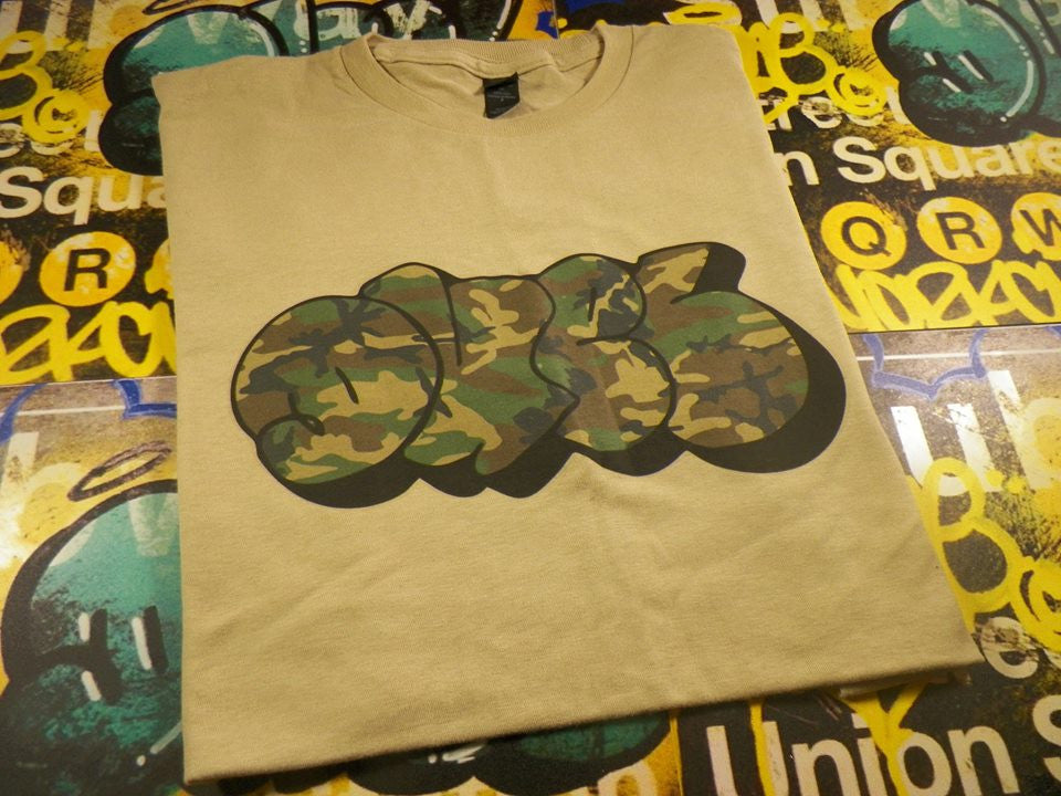 Duel Graffiti Army Colors T-shirt