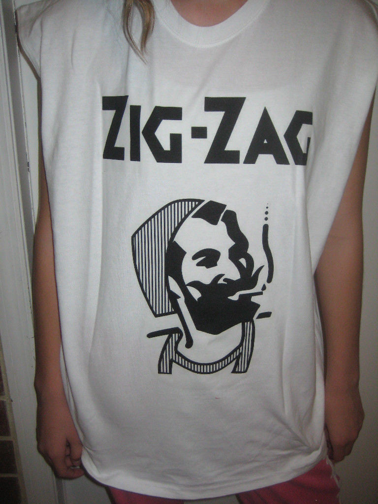 Zig Zag Rolling Papers Smoking Man 420 Marijuana Chronic Weed T-shirt