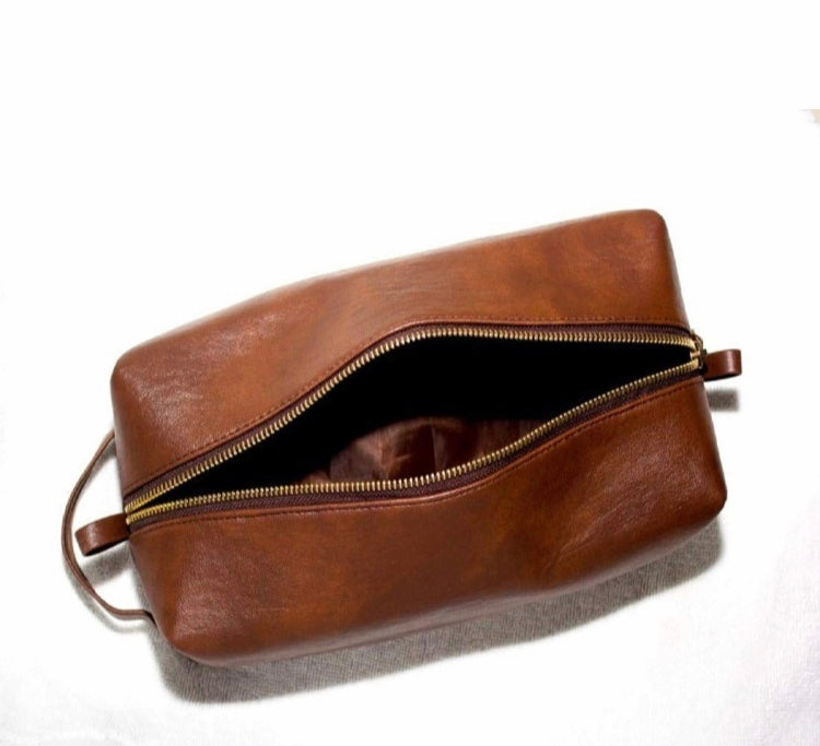 Wash Bag/Shaving Kit {Tan Brown}