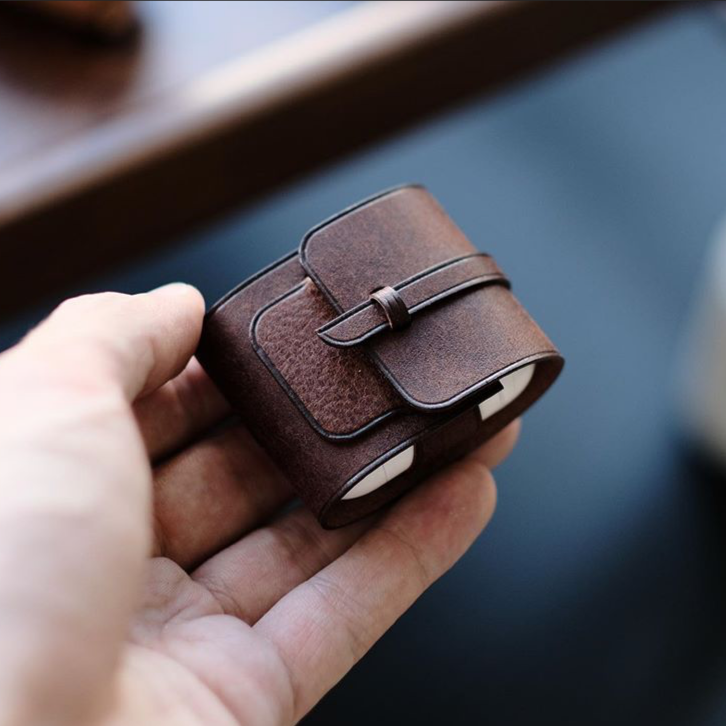Buff Leather AirPod Holder {Dark Brown}