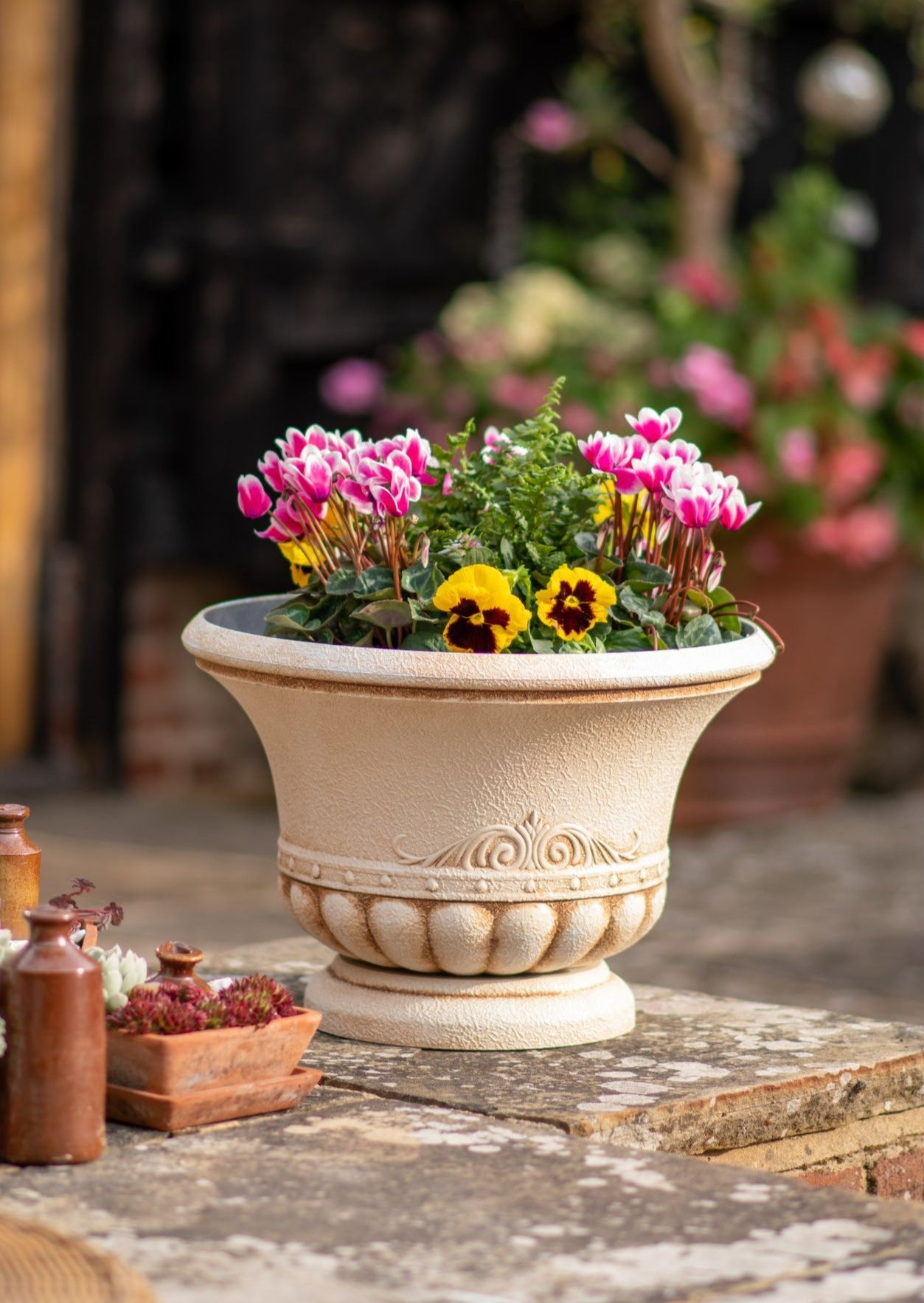 42cm Siena Urn Planter - Pre-order for 01/03/2021