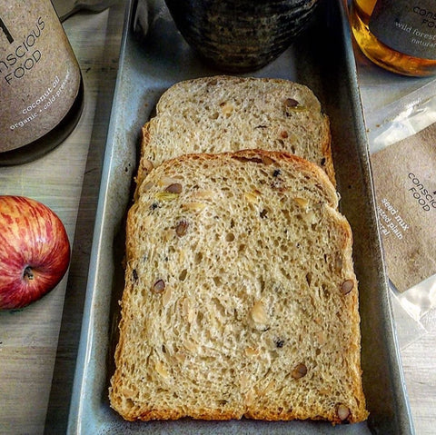 whole wheat seeded sandwich loaf
