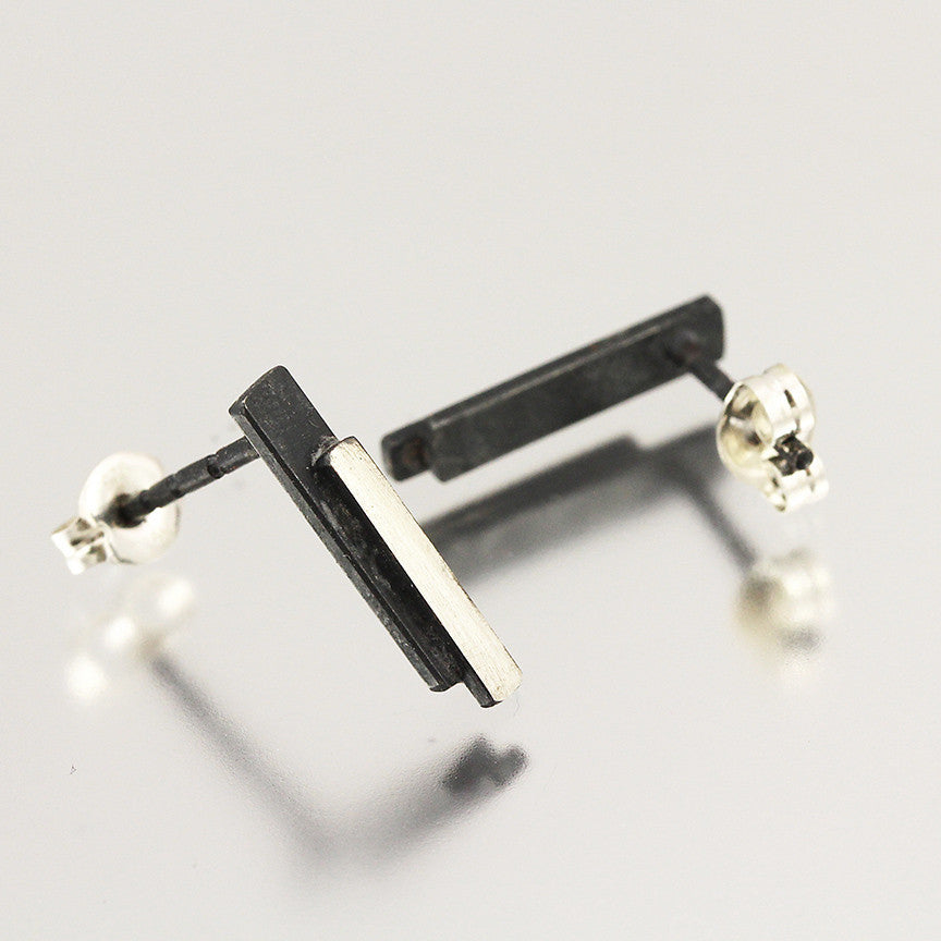 Two-Tone Bar Studs