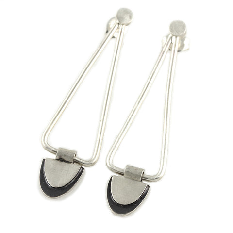 V Chain Dangle Earrings