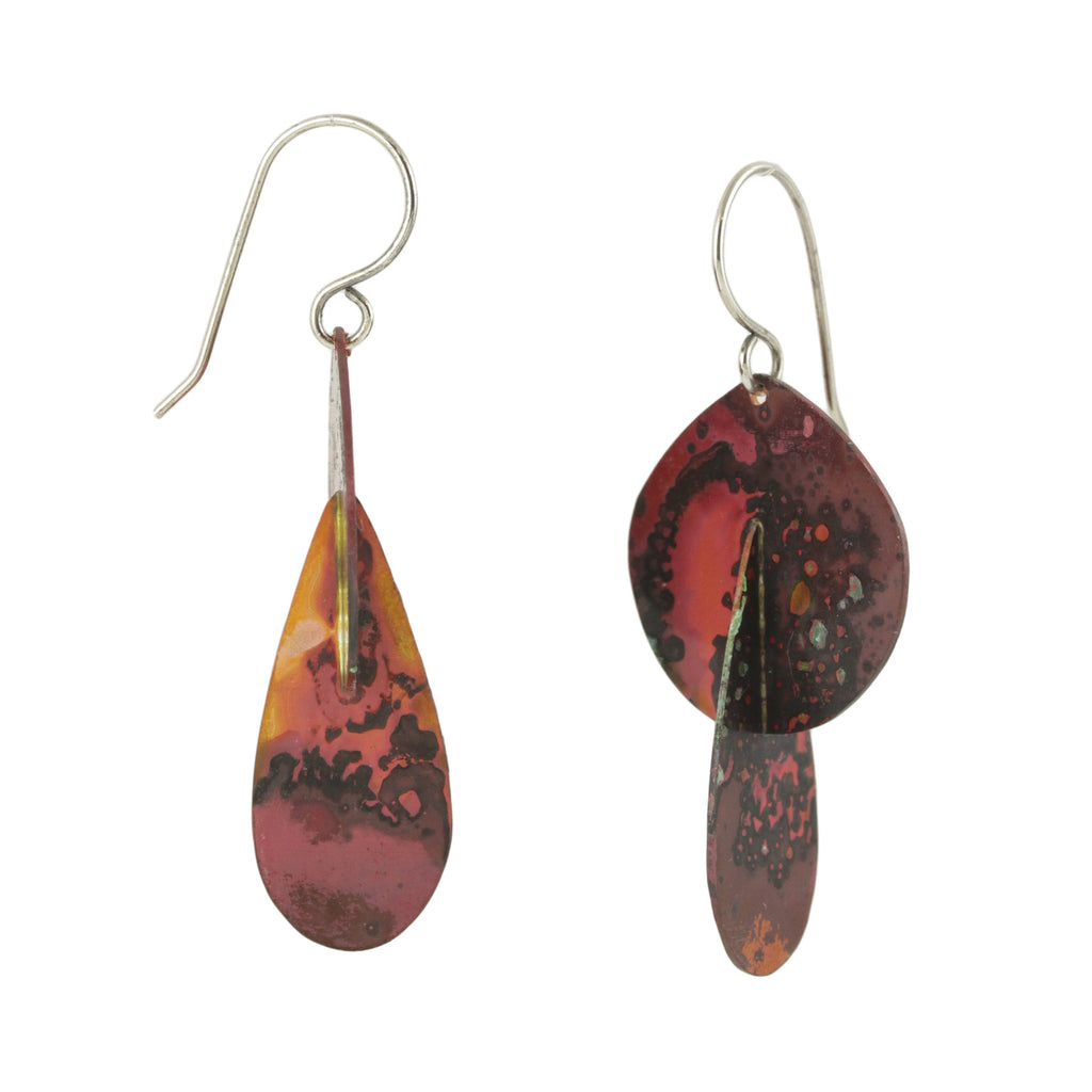 Patina: 3D Flame Red Modern Dangels