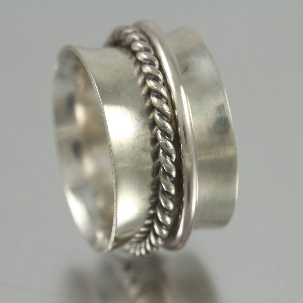 Twisted Wire Sterling Spinner - Size 6 & 7