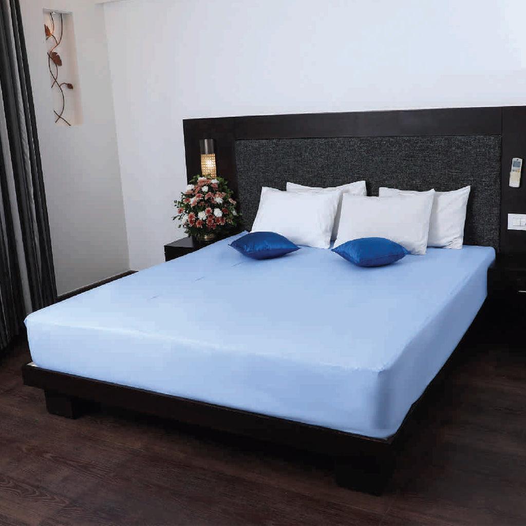 Elo Waterproof Double Bed Cover