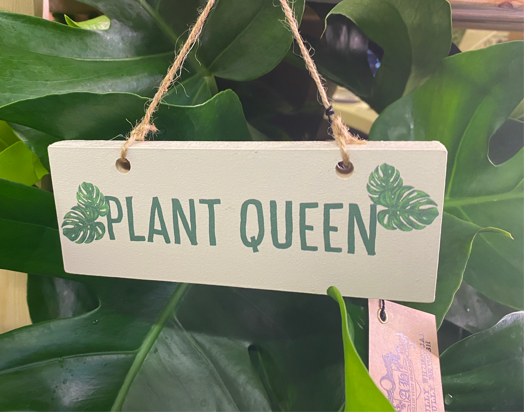 'Plant Queen' hanging sign decoration