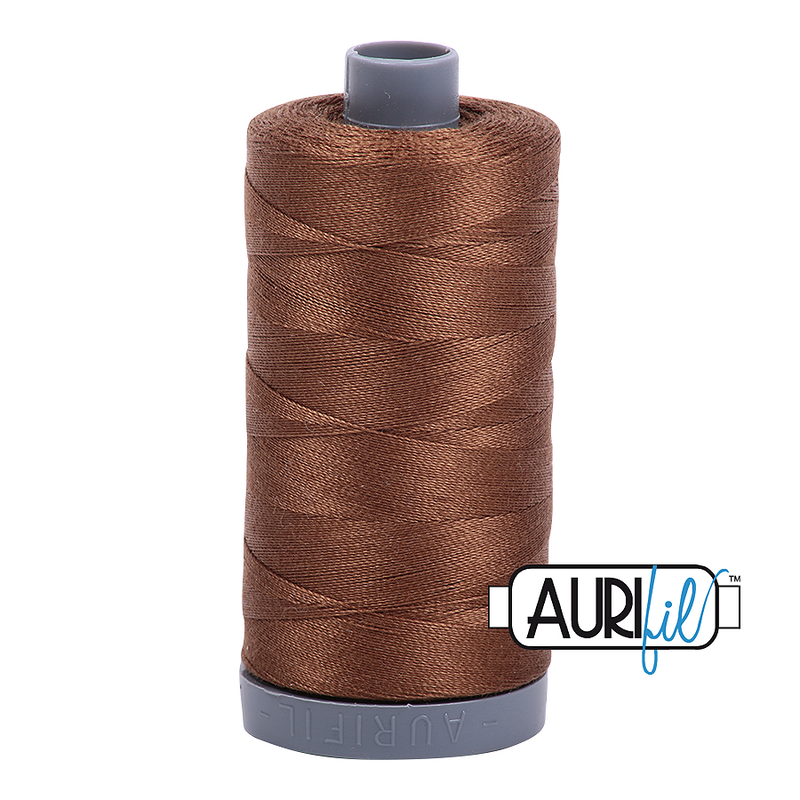 Aurifil Mako 28wt Cotton 750 m (820 yd.) spool - 2372 Dark Antique Gold