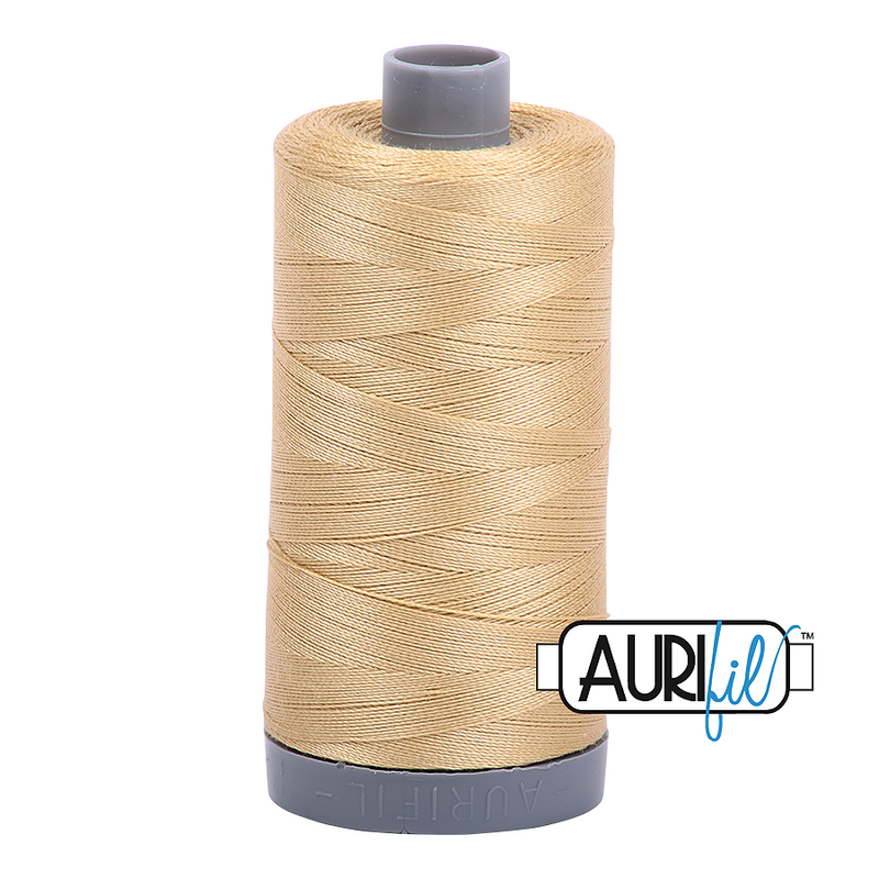 Aurifil Mako 28wt Cotton 750 m (820 yd.) spool - 2915 Very Light Brass