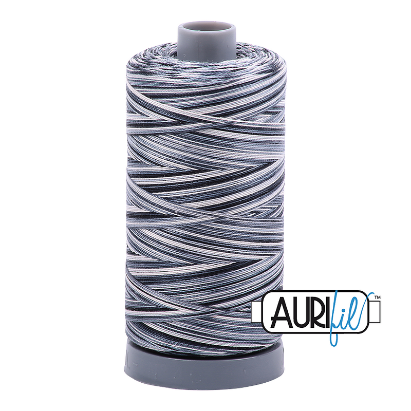 Aurifil Mako 28wt Cotton 750 m (820 yd.) spool - 4665 Graphite