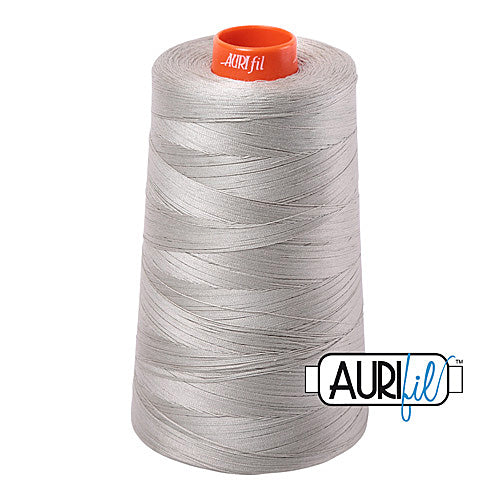 Aurifil Mako 50wt Cotton 5900 m (6452 yd.) cone - 5021 Light Grey<br><font color = red>Please note, that this colour in this size is not available in-store, but will be ordered for you.</font>