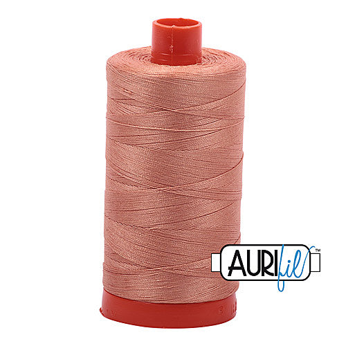 Aurifil Mako 50wt Cotton 1300 m (1422 yd.) spool - 2215 Peach<br>