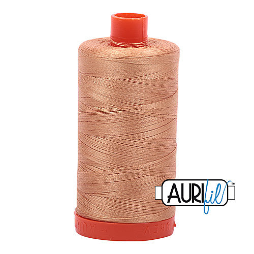 Aurifil Mako 50wt Cotton 1300 m (1422 yd.) spool - 2320 Light Toast<br>