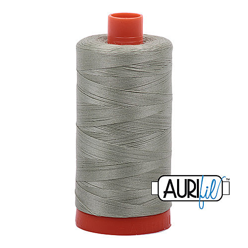 Aurifil Mako 50wt Cotton 1300 m (1422 yd.) spool - 2902 Light Laurel Green<br>