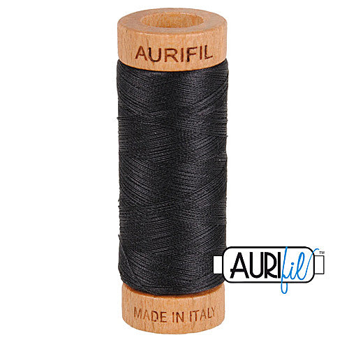 Aurifil Mako 80wt Cotton 274 m (300 yd.) spool - 4241 Very Dark Grey