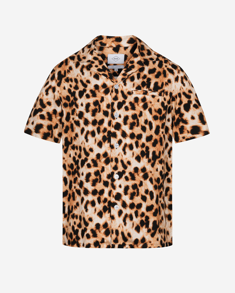 Leopard printed short sleeve vacation shirt with white pearl buttons