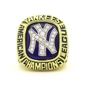 New York Yankees 1976 American League Championship Ring With Blue Synthetic Sapphire