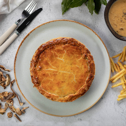 THE-SORBUS-TREE-BISTRO-DINNING-AT-HOME-AND-OUTSIDE-CATERING-RUTHIN-DENBIGHSHIRE-NORTHWALES-DELIVERY-COLLECTION-MAINS-CHICKEN-PORCINI-MUSHROOM-PIE